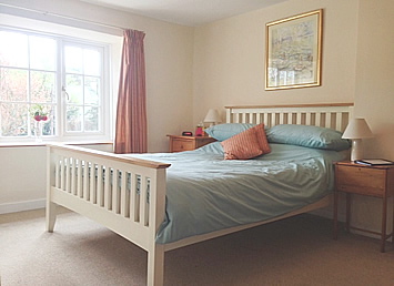 Double bedroom bed and breakfast cornwall